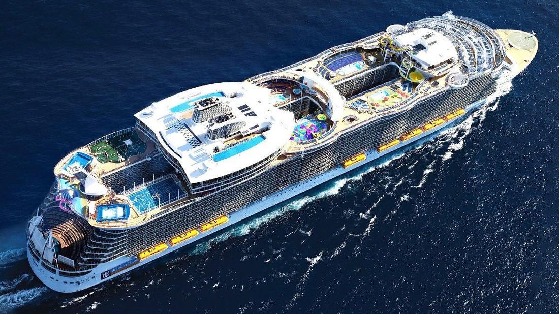 Турист спрыгнул с одиннадцатой палубы лайнера и навсегда попал в «черный список» круизных операторов