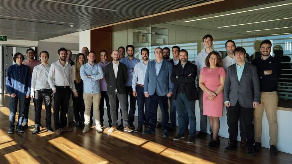 Молодые инженеры из Валенсии создают туннель для вакуумных поездов