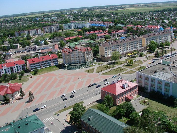 «Россияне искренне удивляются нашим ровным дорогам». Белорусы - о том, чем гордятся