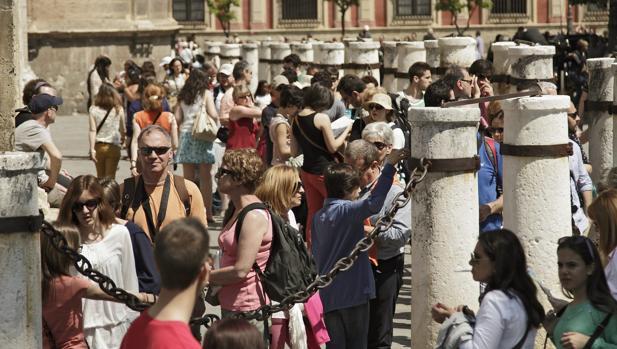 Мифы и реальность туристического феномена в Севилье
