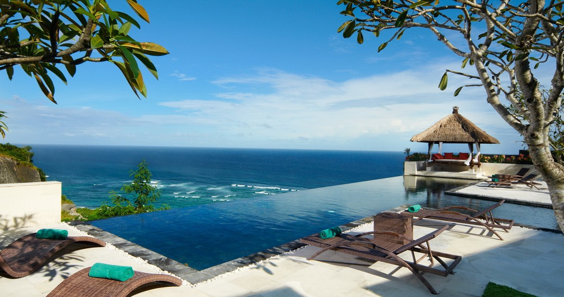 Туристов на Бали обложат 10-долларовым налогом