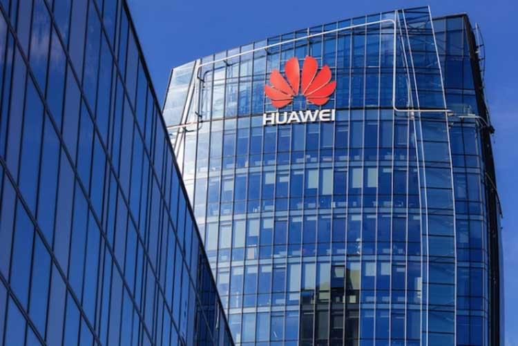 Китай отлучит Новую Зеландию от своих туристов за запрет Huawei