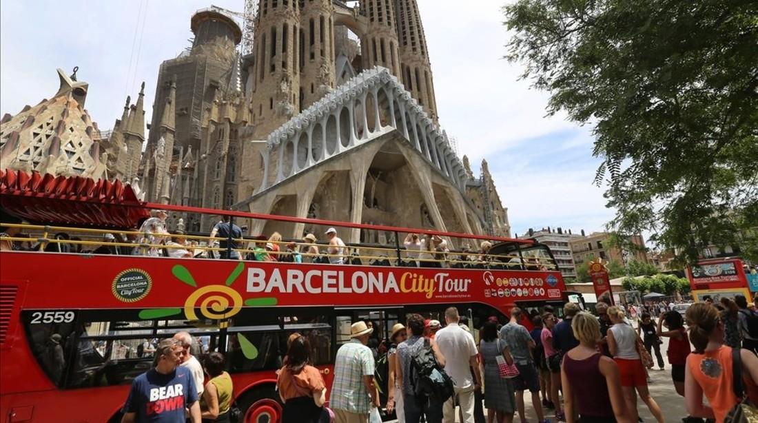 Испания отчиталась о числе туристов, на Россию пришлось 1.2 млн