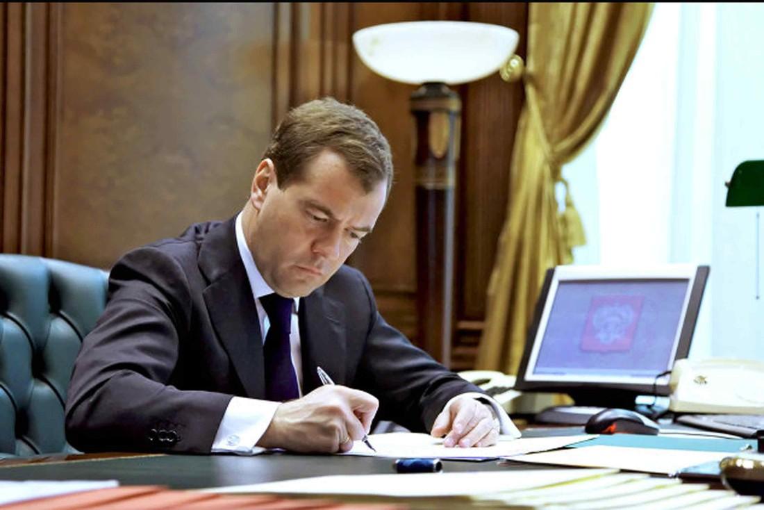 Медведев: 22 региона получат субсидии на туристическую инфраструктуру