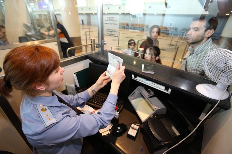 В России предложили ввести 14 дней безвизового режима для туристов из стран «дружественных к России»