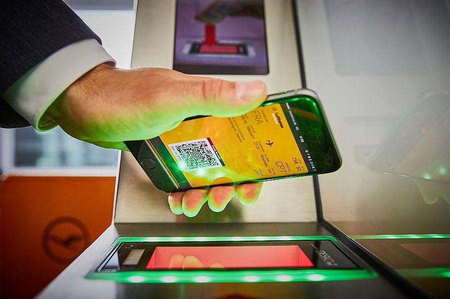 Минтранс допустил электронные посадочные для туристов
