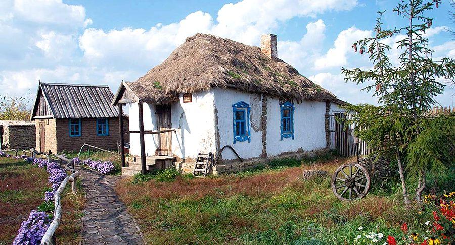 «Туристическая периферия»: Порошенко придумал, как увеличить число отелей на Украине