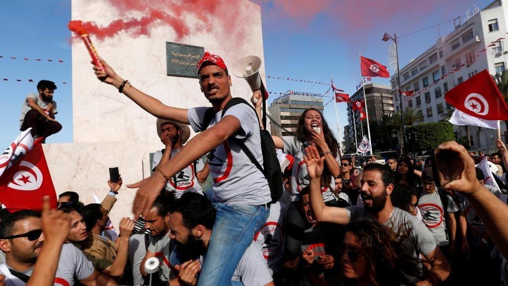 МИД России предупредил туристов о массовой забастовке в Тунисе
