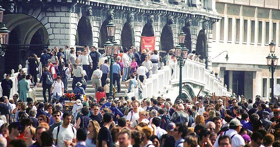 Венеция введёт для туристов входной билет за €6 и €8