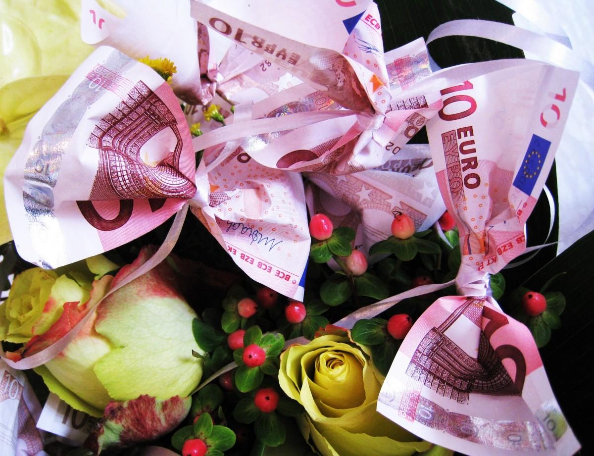 Жители паленсийской деревушки получили конверты с 50 евро от таинственного незнакомца