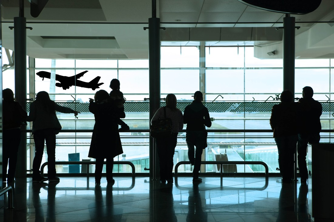 Туристы рассказали, что их раздражает в аэропортах и из-за чего они могут отказаться от поездки