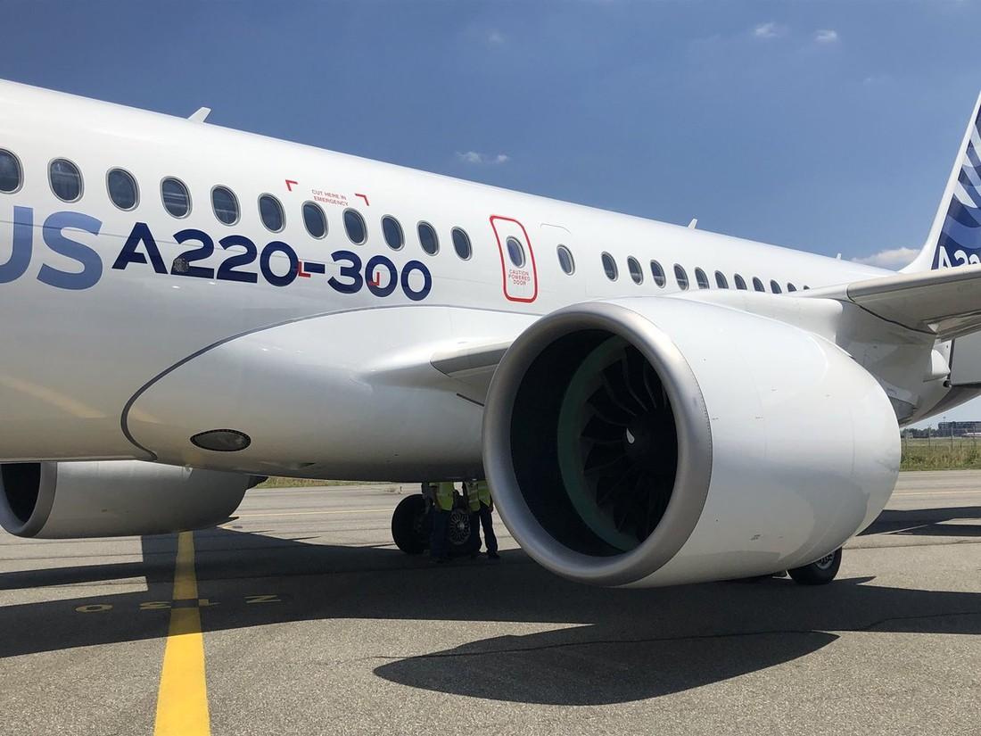 Росавиация отказала Red Wings в шести Airbus A220-300, как это отразится на чартерах