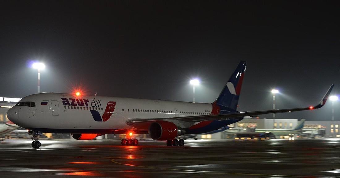 Опять поломка AzurAir: 200 туристов Анекса сутки прождали рейс из Гоа в Казань