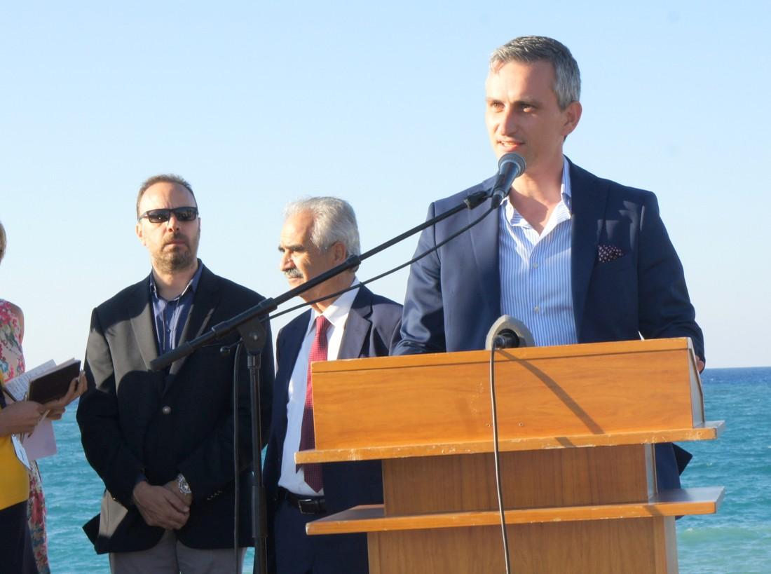 Tez-Tour инициировал переименование парка на Крите в честь Юрия Гагарина