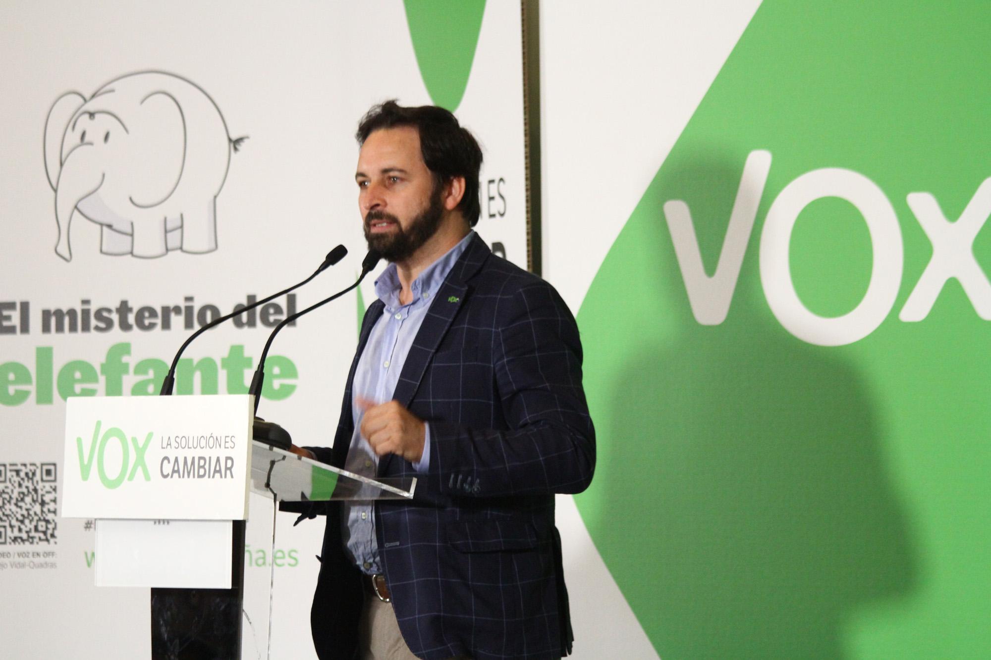 Абаскаль выступает за право испанцев на хранение оружия в целях самозащиты
