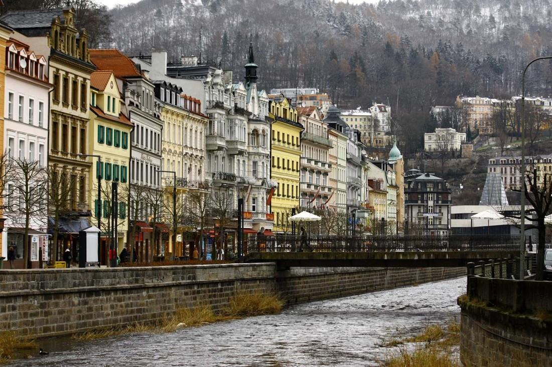 Президент Чехии пожелал заменить в Карловых Варах русских туристов китайцами. Это политес или некомпетентность?