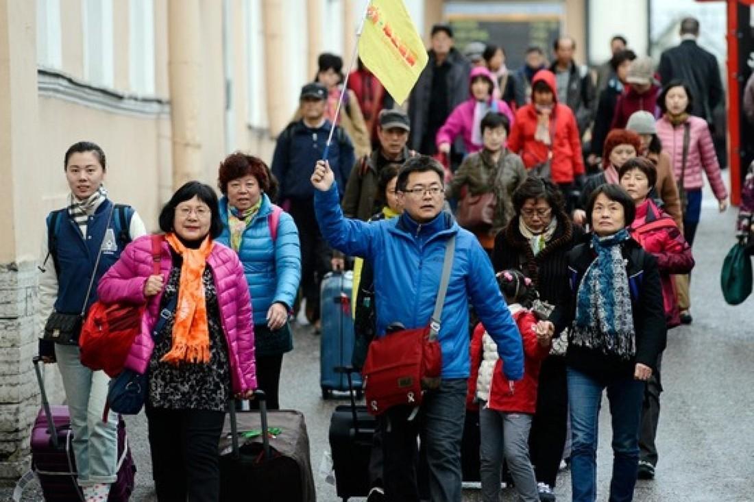 Китай сохранил первенство в выездном туризме