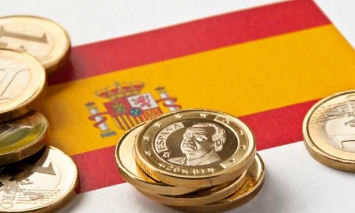 S&P заморозило кредитный рейтинг Испании на уровне A- с позитивным прогнозом