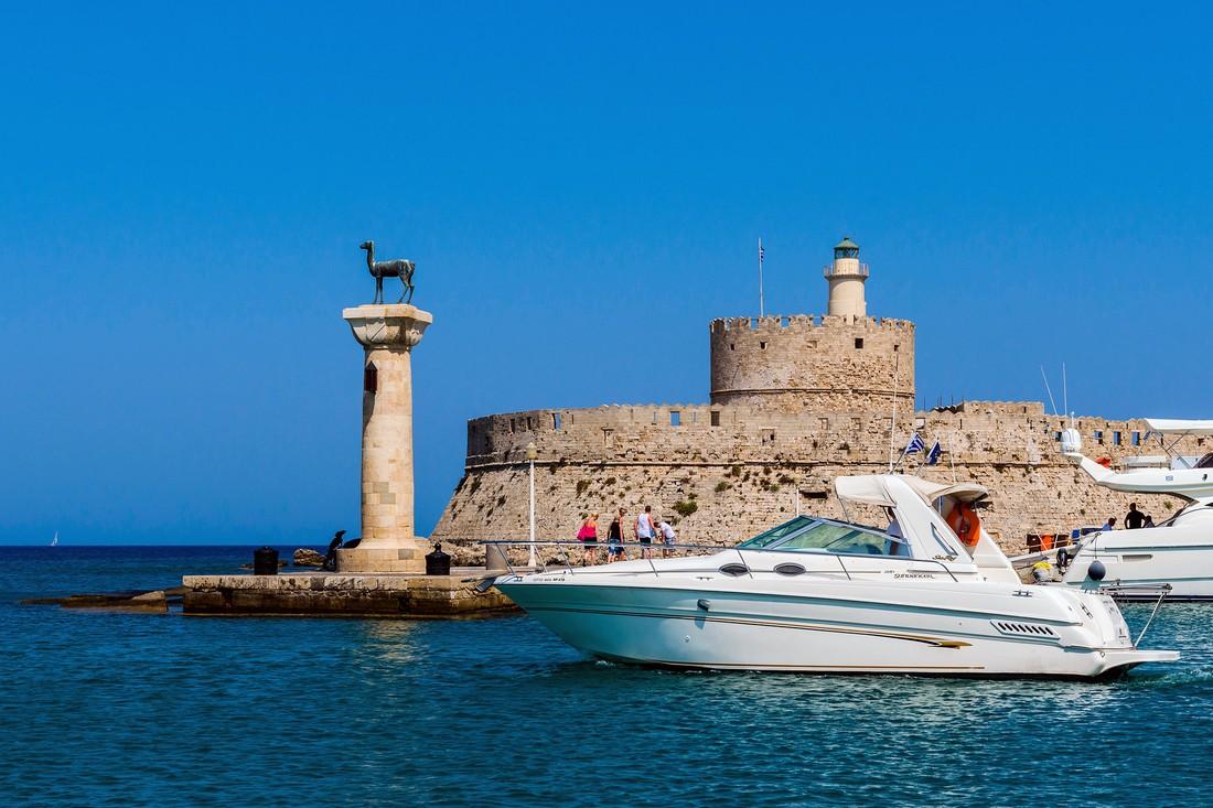 «Турпром-Маркет» обзор туров на 05.03 – летние круизы, Греция и Португалия