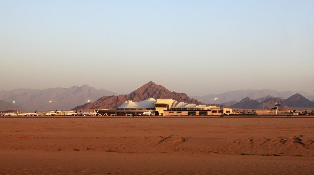 Турагентства сообщили о запуске в аэропортах Шарм-эль-Шейха систем безопасности