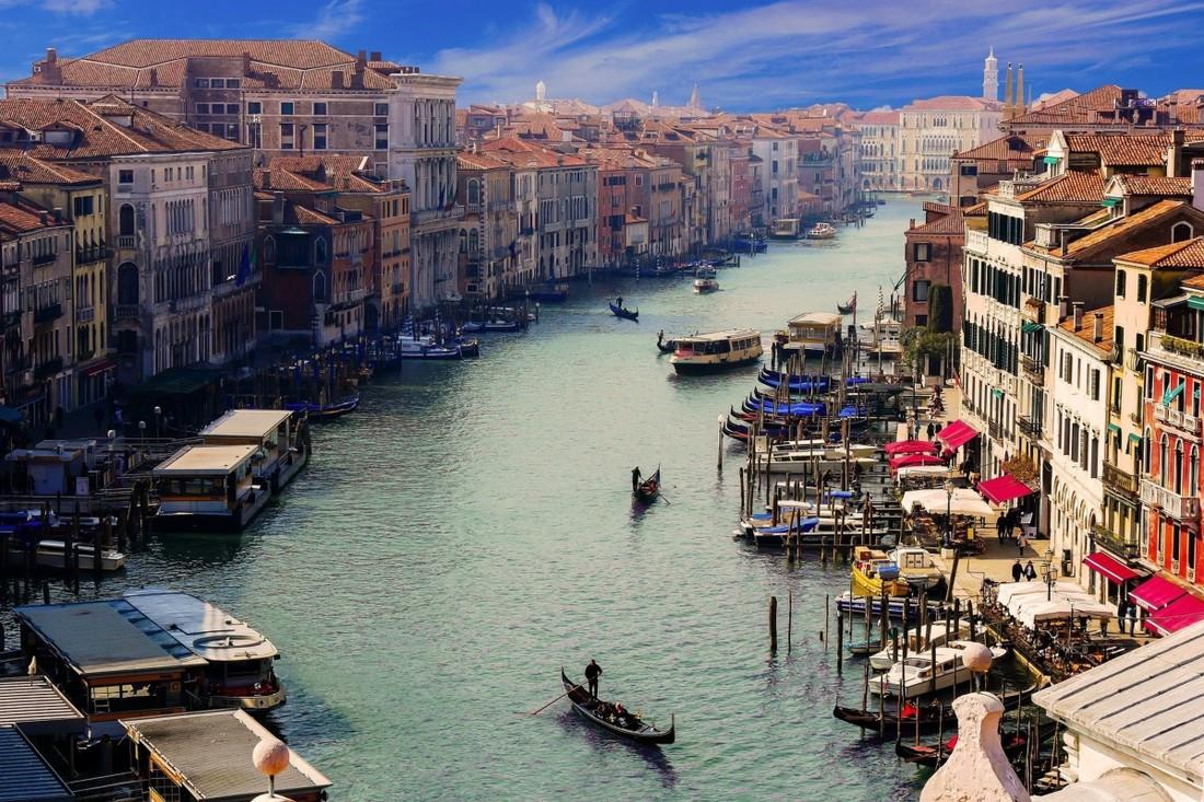 Налог с туристов Венеция отложит до лета