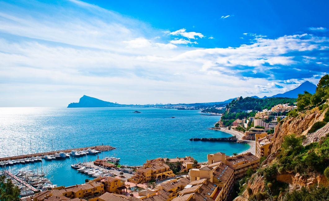 Испания: в сезон туроператоры ждут прироста турпотока до 30%