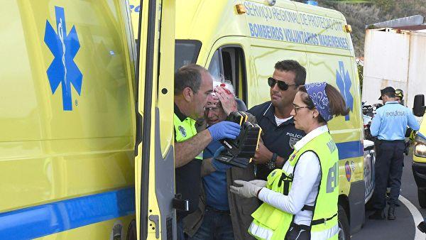 На Мадейре погибло 28 туристов: автобус рухнул на крышу дома
