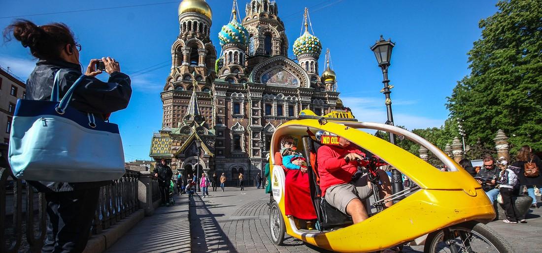 Глава Минэкономразвития: рост турпотока в Петербург составит 25-30%
