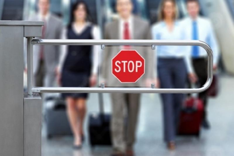 Запрет выезда силовиков за границу пытаются оспорить в Верховном суде