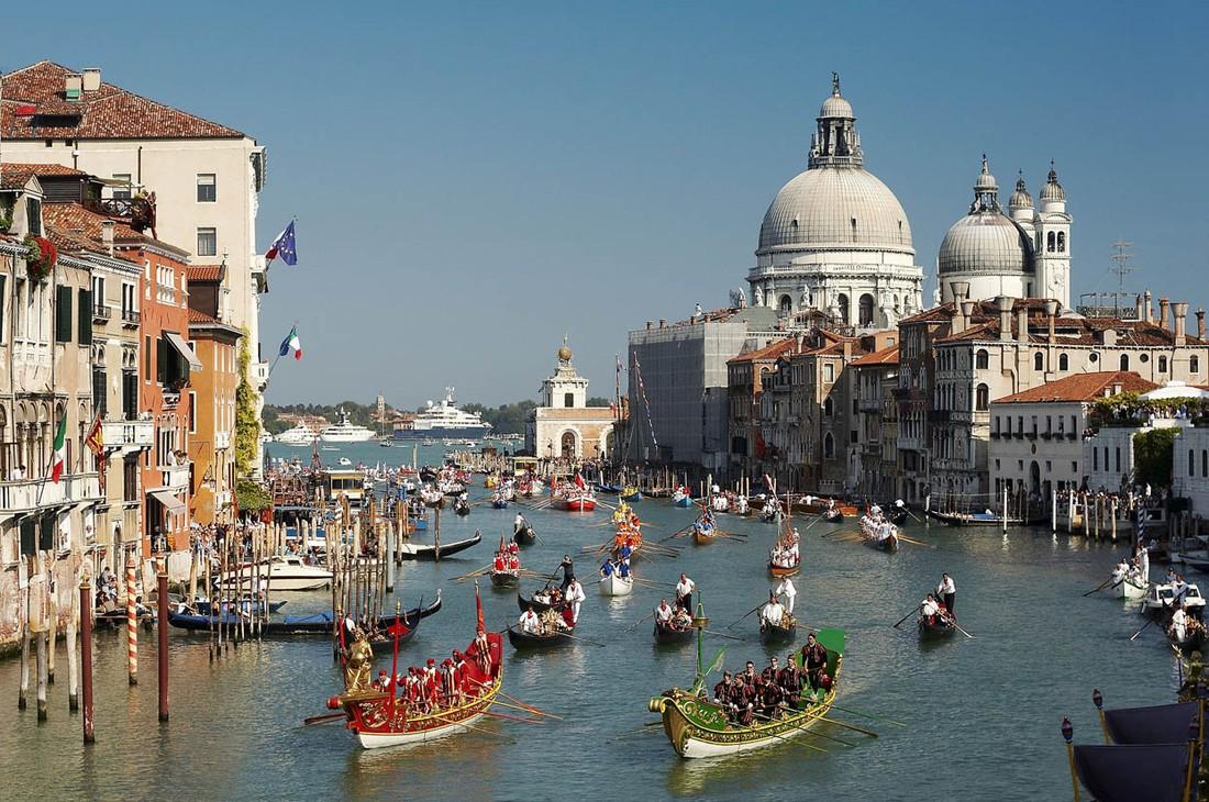 С 1 мая въезд туристов в Венецию становится платным: сколько, когда и кто?