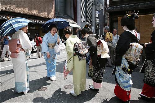 Самыми вежливыми туристами в России считают японцев