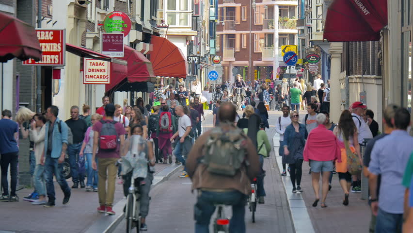 Устали от туристов: Нидерланды решили больше не продвигать туризм
