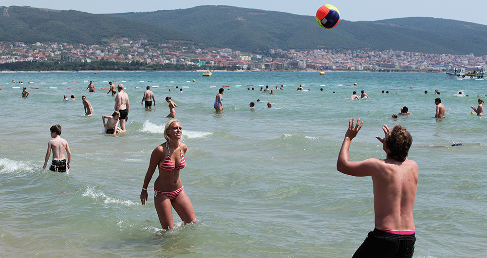 Падение российского турпотока Болгария компенсирует ростом украинского, британского и израильского