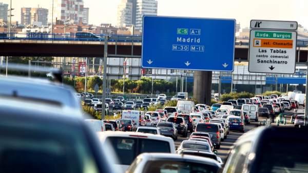 Могут ли водителя в Испании оштрафовать за работающий вхолостую двигатель?