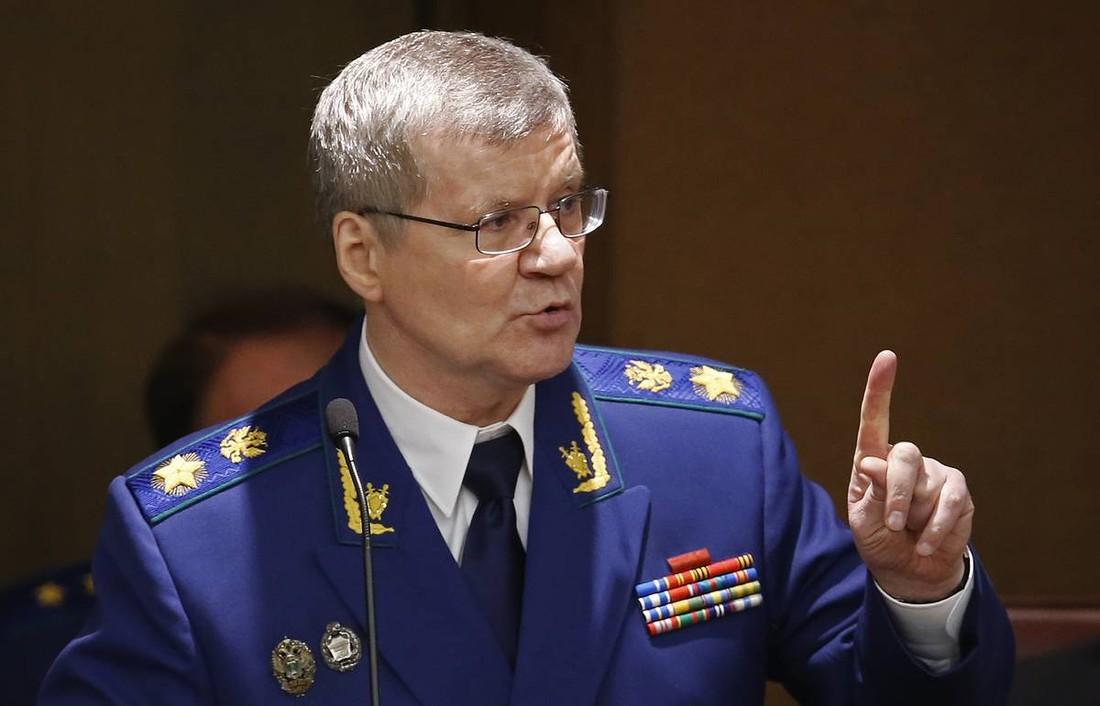 Чайка обвинил Росавиацию в отсутствии контроля авиакомпаний