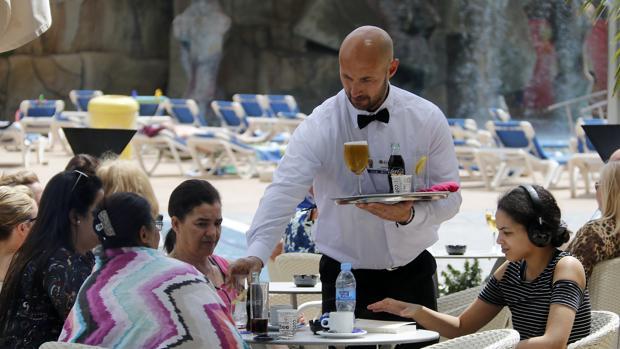 В Испанию в марте 2019 года приехало 5,6 млн иностранных туристов, что на 4,7% больше, чем год назад