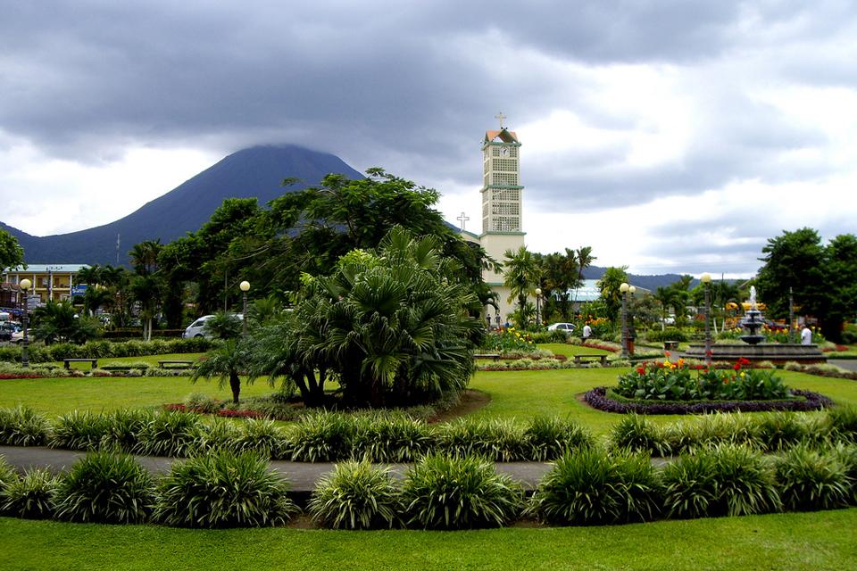 Коста-Рика стала безвизовой для российских туристов