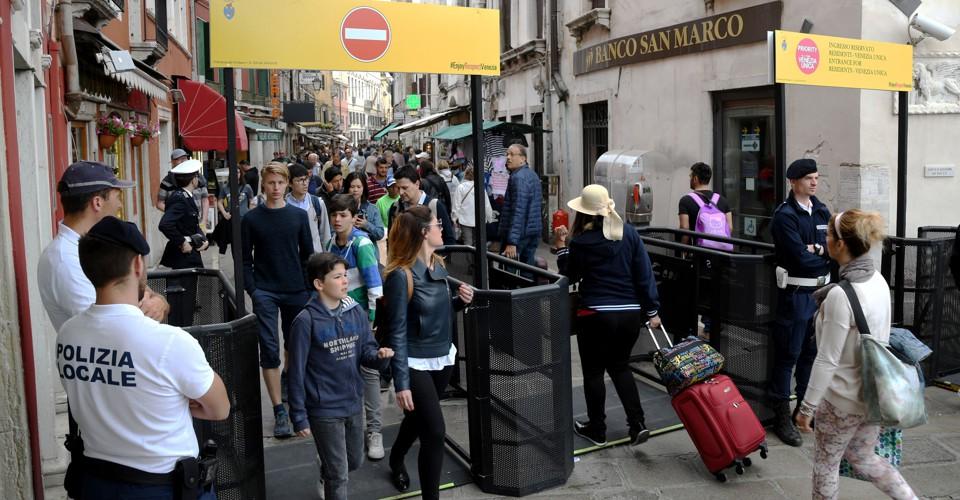 В Венеции отложили «плату за вход» до сентября