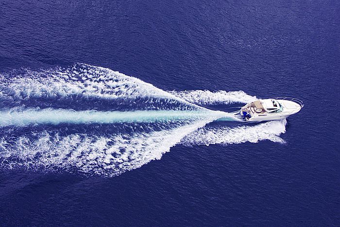 Получите максимум эмоций от летнего отдыха: по Греции на яхте