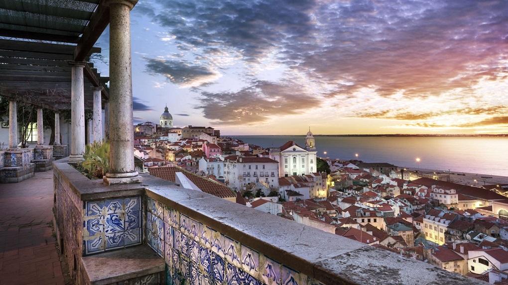 «Турпром-Маркет» обзор туров на 10.06 – программы по Португалии и Солнечный Берег