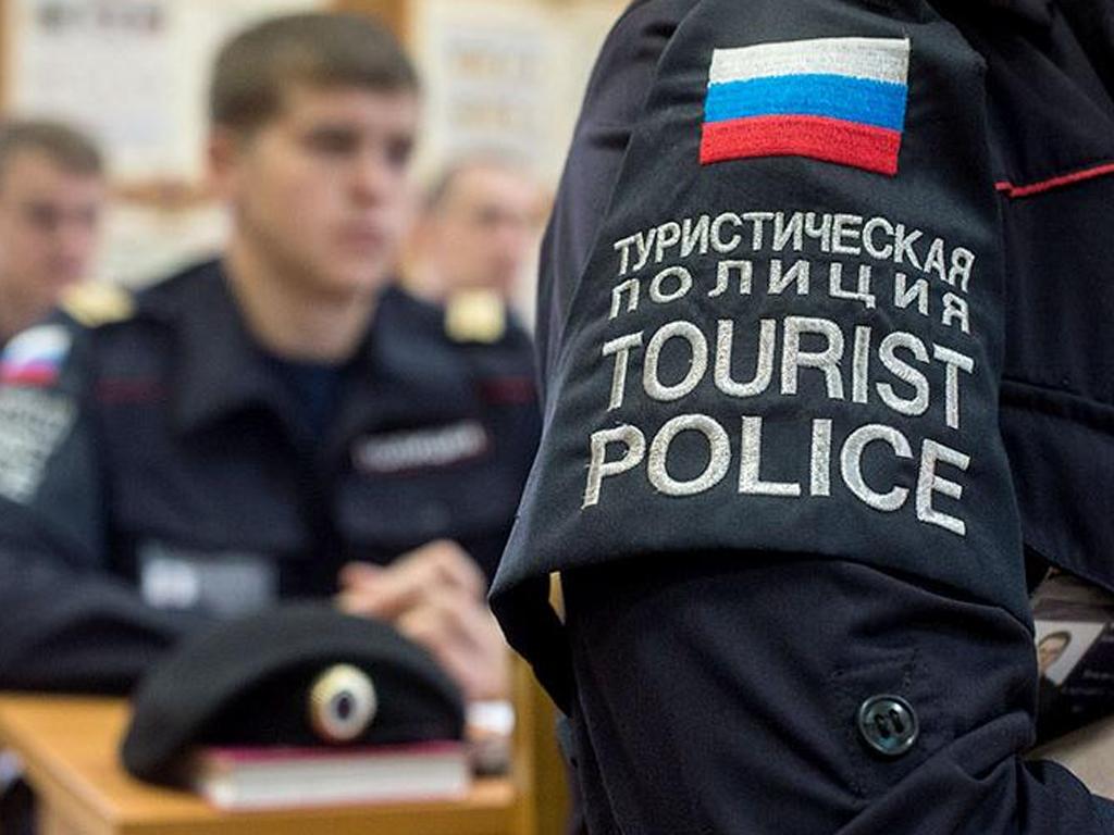 В Крыму приступил к работе первый взвод туристической полиции