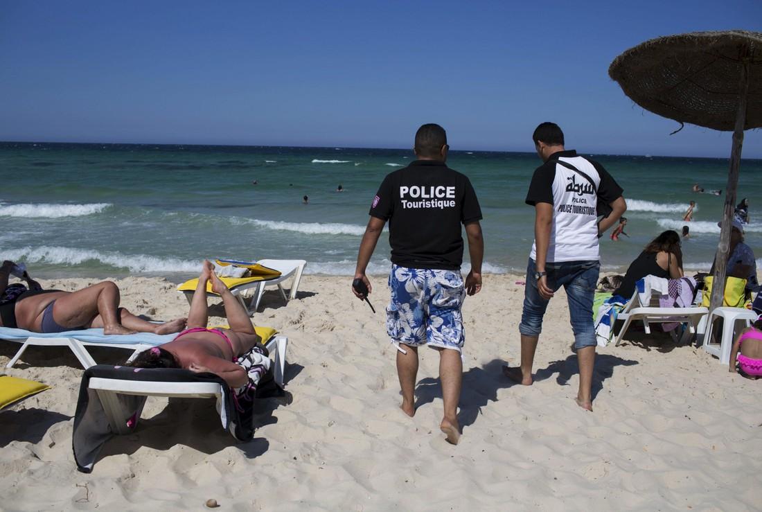 Взрывы в Тунисе спровоцировали информационную атаку на туризм в эту страну