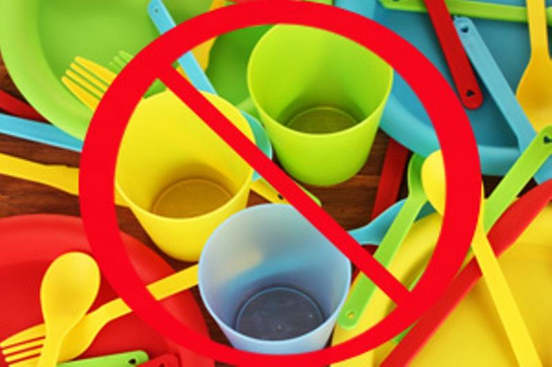 В Хургаде ввели запрет на пластиковую посуду