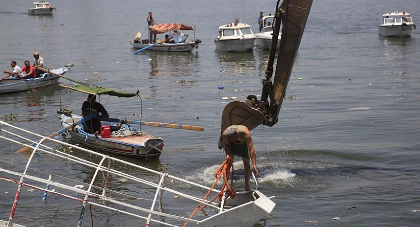 Туристический корабль затонул в Египте