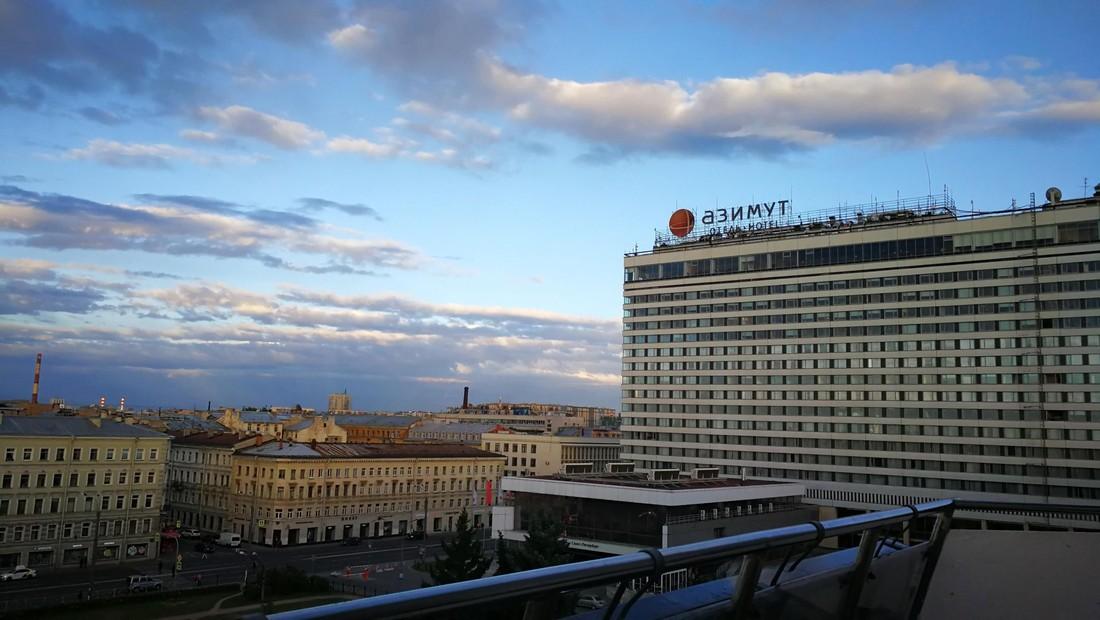 К сети отелей «Азимут» подали иск на ₽6.1 млрд