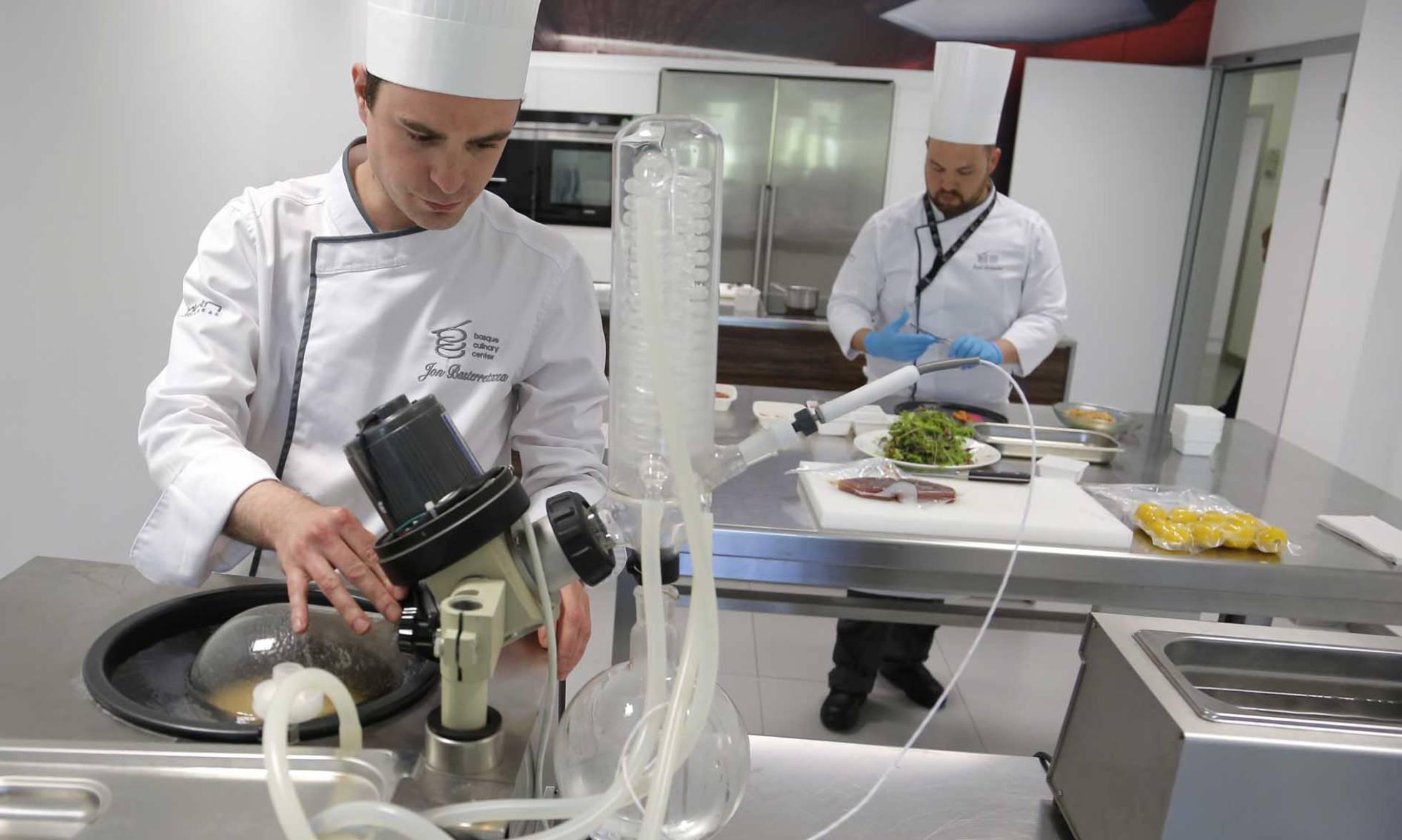 В Сан-Себастьяне создали технологическую лабораторию для гастрономических экспериментов