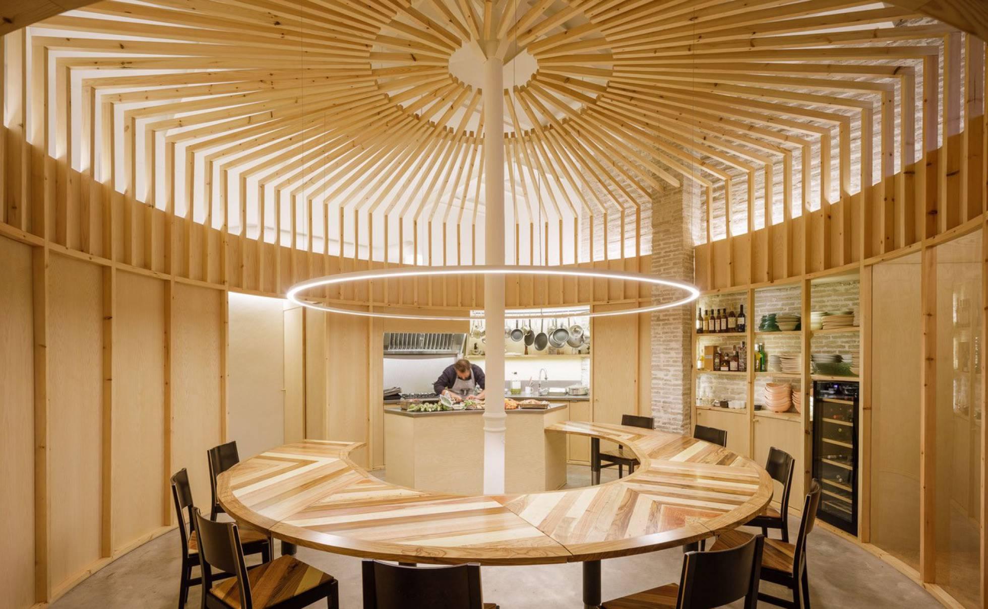 Кулинарная мастерская в Севилье удивляет своим дизайном