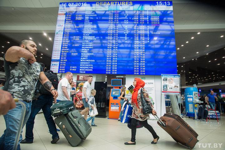 В Беларуси планируют изменить закон «О туризме». Выиграют ли туристы и подорожают ли туры?