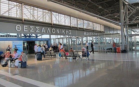 В аэропорту Салоников произошла потасовка российских туристов