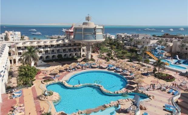 Маленькая туристка утонула в бассейне отеля Хургады